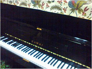 実家のピアノ