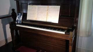 中田喜直の愛用ピアノ