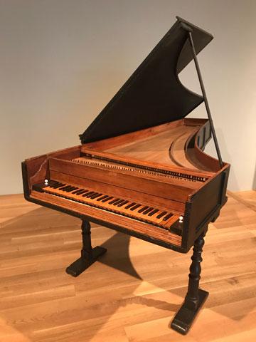 クリストフォリのピアノ(メトロポリタン美術館)