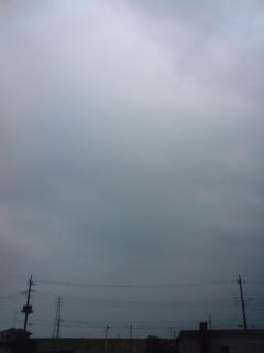 夏の曇り空