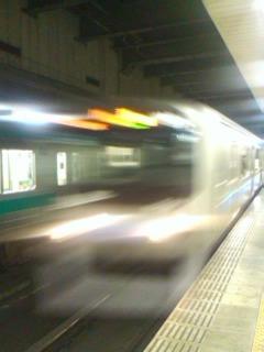 快速電車が通過